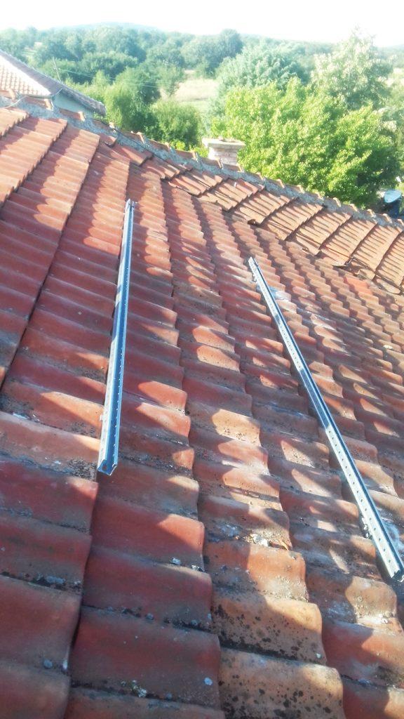 конструкция за соларни панели за керемиден покрив