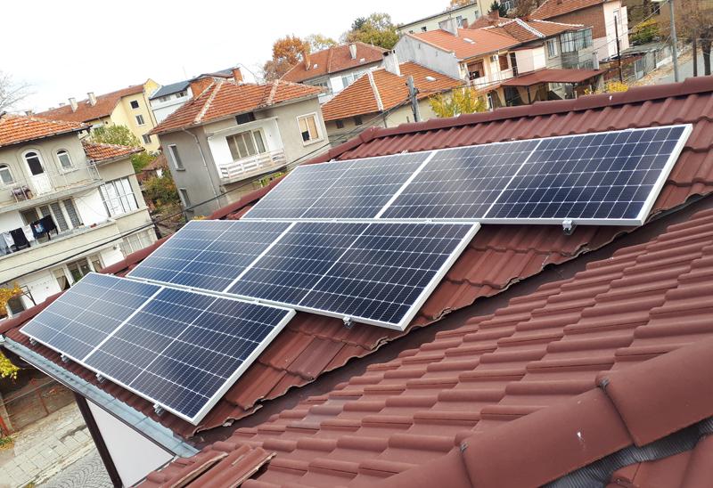 покривна соларна централа